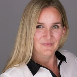 Jacqueline Ernst
